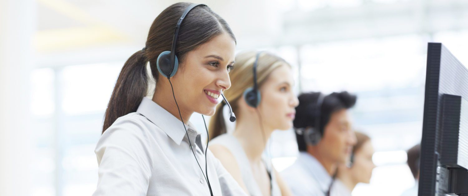 Top 6 Reasons Why Live Chat Is Winning The Customer Support Race - Acquire